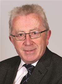 Profile image for Councillor Steve Iles
